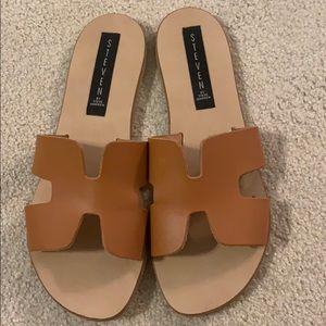Steve Madden Greece sandals